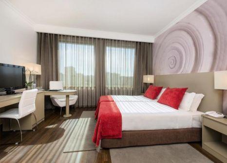 Hotelzimmer mit Casino im TRYP Lisboa Oriente Hotel