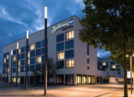 Radisson Blu Hotel Hannover günstig bei weg.de buchen - Bild von 5vorFlug