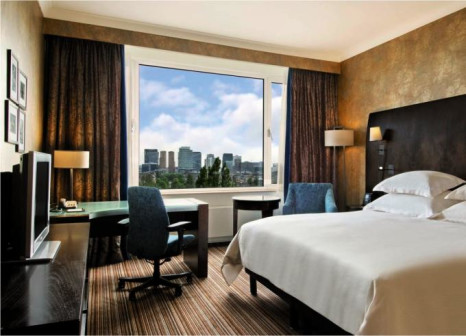 Hotelzimmer mit Fitness im Hilton Amsterdam