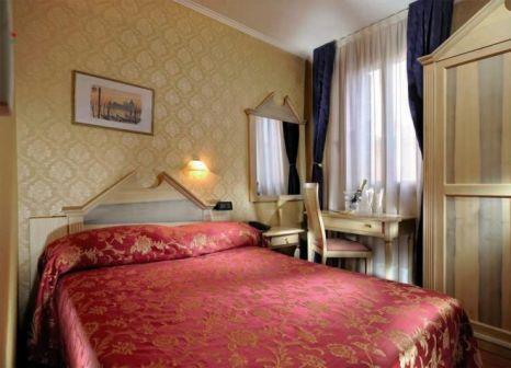Hotelzimmer mit Internetzugang im Hotel Tintoretto