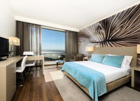 Hotelzimmer mit Whirlpool im TRYP Lisboa Oriente Hotel
