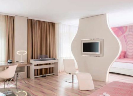 Hotelzimmer im nhow Berlin günstig bei weg.de