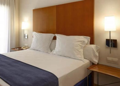 Hotelzimmer mit Sandstrand im Hesperia Barcelona Del Mar