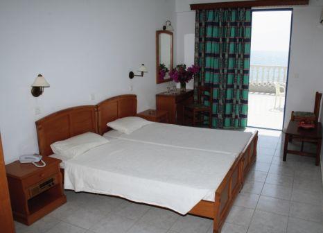Hotelzimmer im Kamari Beach günstig bei weg.de