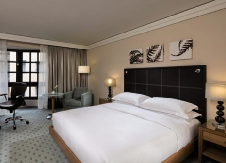 Hotelzimmer mit Golf im Hilton Dresden