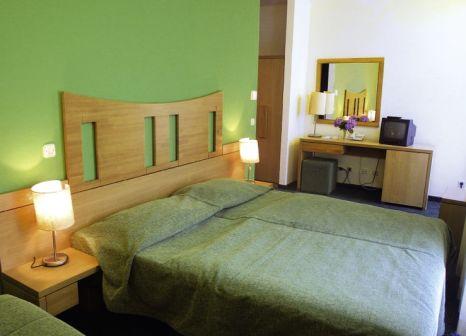 Hotelzimmer mit Minigolf im Hotel Jadran