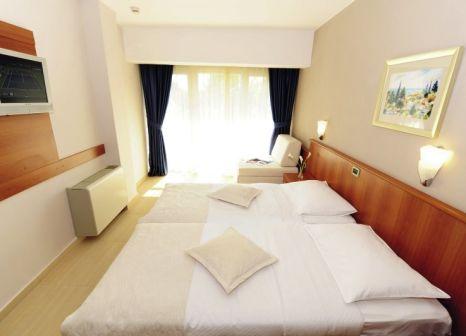 Hotelzimmer mit Volleyball im Pinija