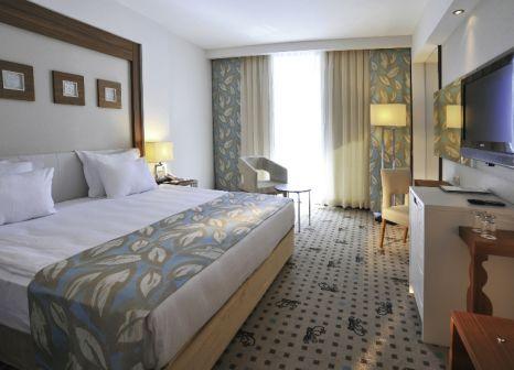 Hotelzimmer mit Volleyball im Baia Lara Hotel