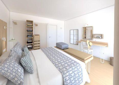 Hotelzimmer mit Mountainbike im Pierre & Vacances Apartamentos Mallorca Cecilia