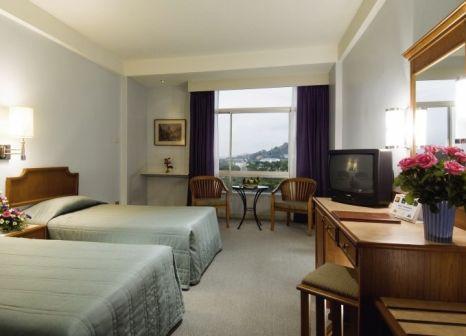 Hotelzimmer mit Pool im Phuket Merlin