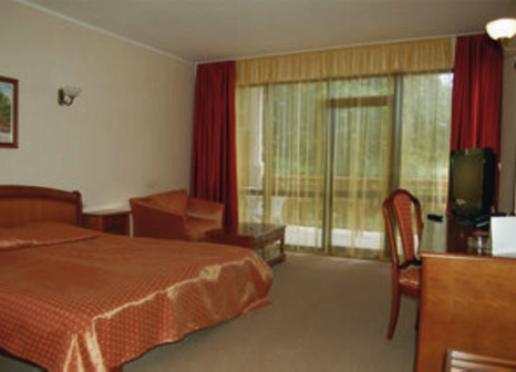 Hotelzimmer im Estreya Palace & Residence günstig bei weg.de