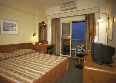 Hotelzimmer mit Tischtennis im smartline Kaptan