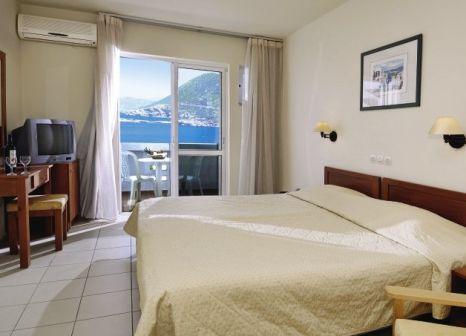 Hotelzimmer mit Tischtennis im Bali Beach Hotel & Village