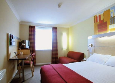 Hotelzimmer mit Clubs im Holiday Inn Express Waterfront