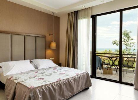 Hotelzimmer mit Volleyball im Mediterranean Village Hotel & Spa
