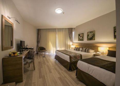 Hotelzimmer mit Fitness im Ramada Resort Lara