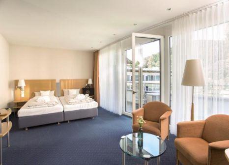 Hotelzimmer mit Mountainbike im Schwarzwald Panorama