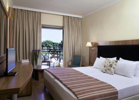 Hotelzimmer mit Kinderbetreuung im Ramada Attica Riviera