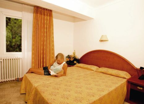 Hotelzimmer mit Tischtennis im Melbeach Hotel & Spa