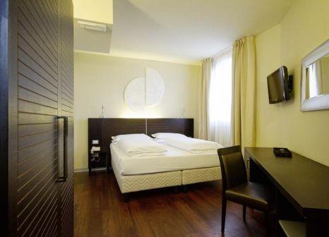 Hotelzimmer mit Tischtennis im Hotel Norge