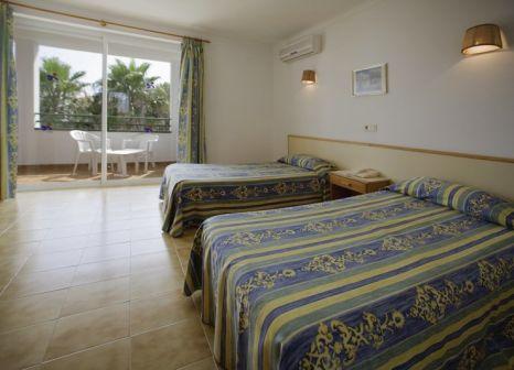 Hotelzimmer mit Volleyball im Pierre & Vacances Apartamentos Mallorca Cecilia