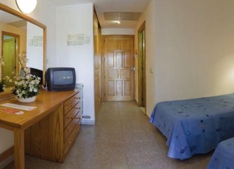 Hotelzimmer mit Mountainbike im Ferrer Isabel Aparthotel