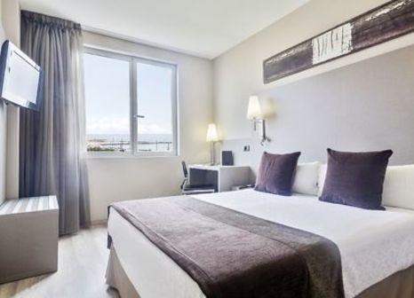Hotelzimmer mit Aerobic im Hotel Front Marítim