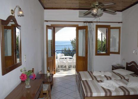 Hotelzimmer mit Kinderpool im Votsalakia Hotel