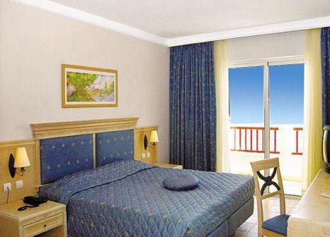 Hotelzimmer im Dimitra Beach Hotel & Suites günstig bei weg.de