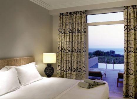 Hotelzimmer mit Mountainbike im The Westin Resort, Costa Navarino