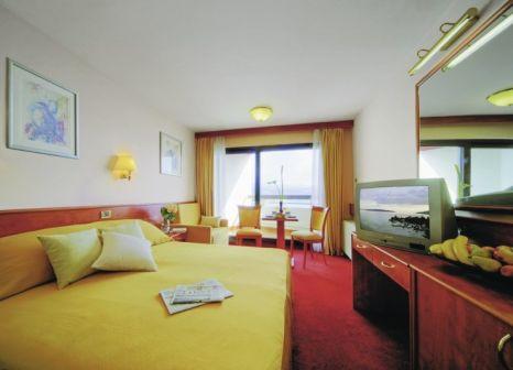 Hotelzimmer mit Yoga im Remisens Hotel Admiral