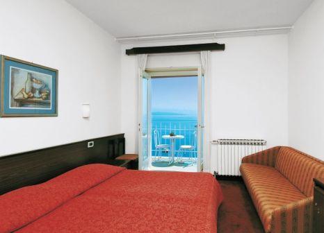 Hotelzimmer mit Tischtennis im Smart Selection Hotel Istra
