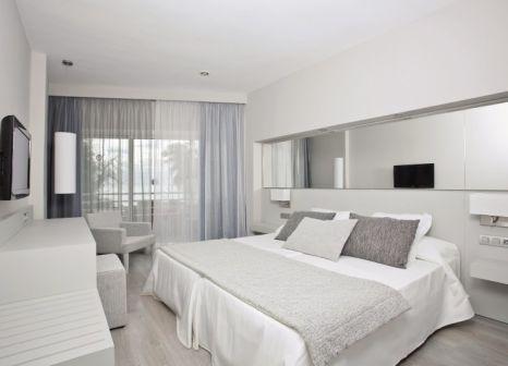 Hotelzimmer mit Mountainbike im Be Live Experience Costa Palma