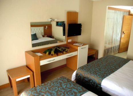 Hotelzimmer mit Tischtennis im Blue Paradise Hotel & Spa
