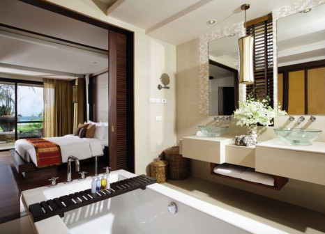 Hotelzimmer mit Minigolf im Mövenpick Resort Bangtao Beach Phuket