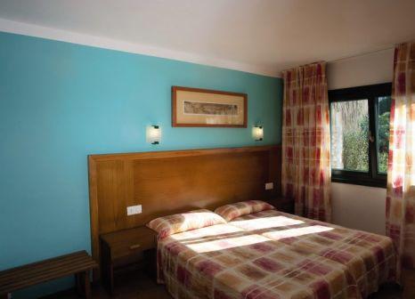 Hotelzimmer mit Volleyball im Beach Club Aparthotel