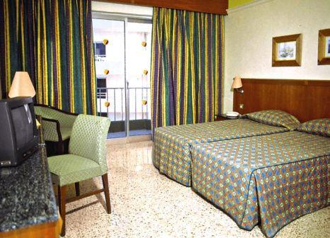 Hotelzimmer im Topaz Hotel günstig bei weg.de