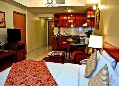 Hotelzimmer mit Kinderpool im Savoy Central Hotel Apartments