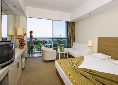 Hotelzimmer mit Volleyball im Kervansaray Kundu Beach Hotel