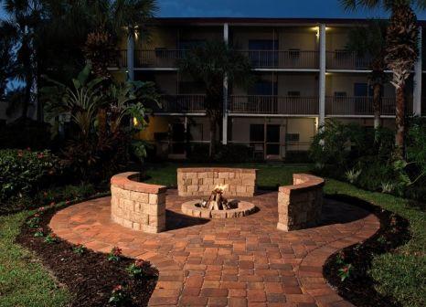 Hotel Red Roof PLUS+ & Suites Naples 3 Bewertungen - Bild von 5vorFlug