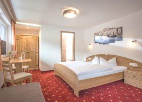 Hotelzimmer mit Pool im Hotel Garni Nill