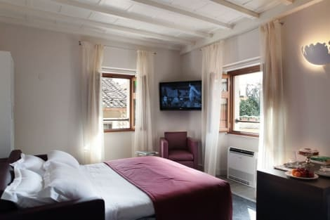 Hotel Navona Palace Luxury Inn