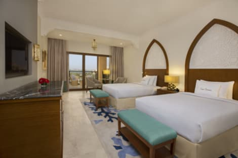 DoubleTree by Hilton Resort & Spa Marjan Island Hotel