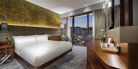 HotelDoubleTree by Hilton Hotel Istanbul - Piyalepasa