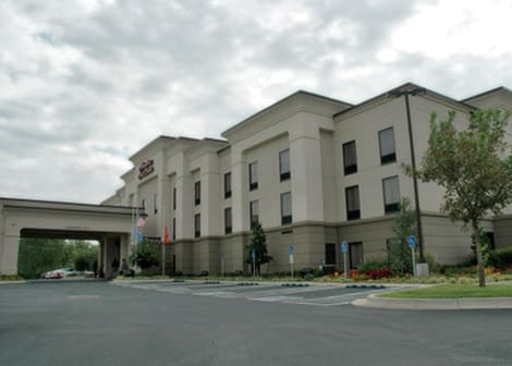 Hampton Inn & Suites Stillwater West Hotel