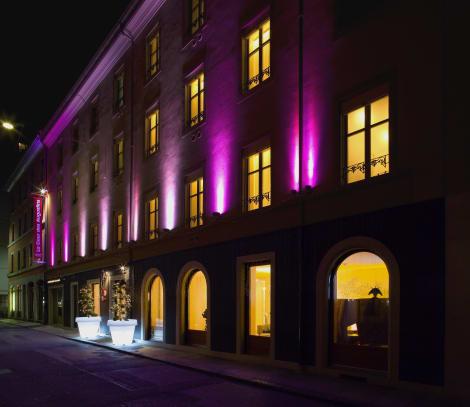 La Cour Des Augustins Boutique Gallery Design Hotel