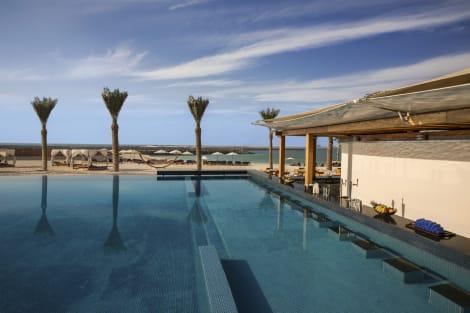 HotelDoubleTree by Hilton Hotel Dubai - Jumeirah Beach