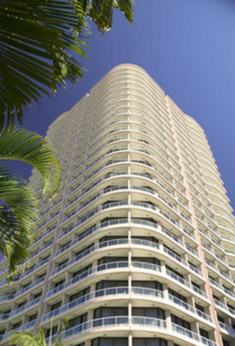 Search hundreds of travel sites at once for hotels in Surfers Paradise