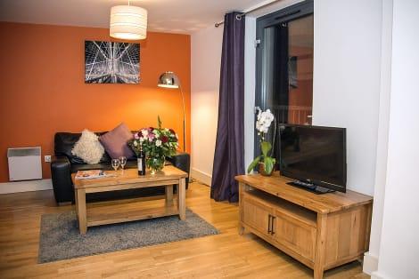 Hotel Base Serviced Apartments - Cumberland Apartments