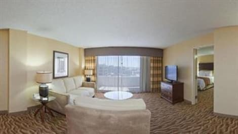 Crowne Plaza DALLAS DOWNTOWN Hotel